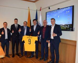 Panevėžyje lankėsi Lietuvos futbolo federacijos vadovai