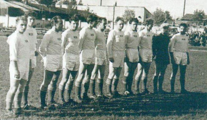 Panevėžio m. futbolo komandos dalyvavusios Lietuvos futbolo pirmenybėse