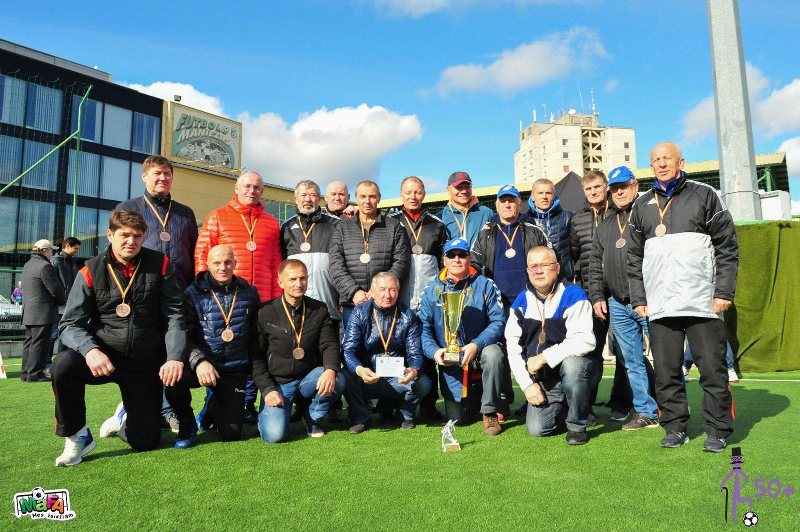 Lietuvos senjorų (50 metų ir vyresnių) futbolo pirmenybėse Panevėžys užemė III vietą