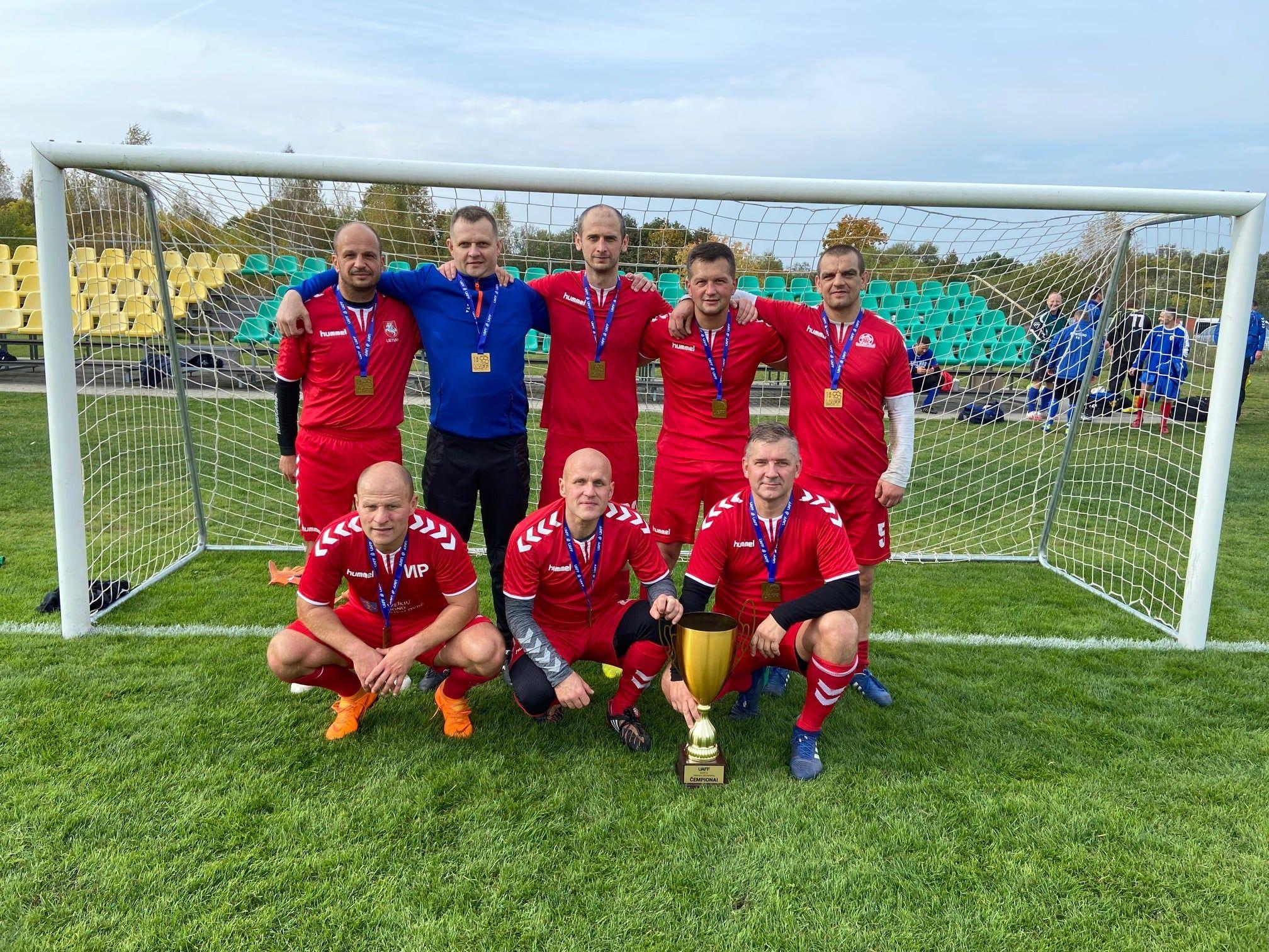 Finišavo UAFF senjorų (35+) 7×7 futbolo čempionatas. Čempionais tapo Panevėžiečiai!